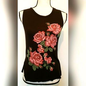 It Closet Los Angeles Black Pink Red Rose Tank Top